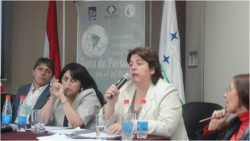 Disertación en el Congreso Internacional del Mer.Co.Sur. (Paraguay)